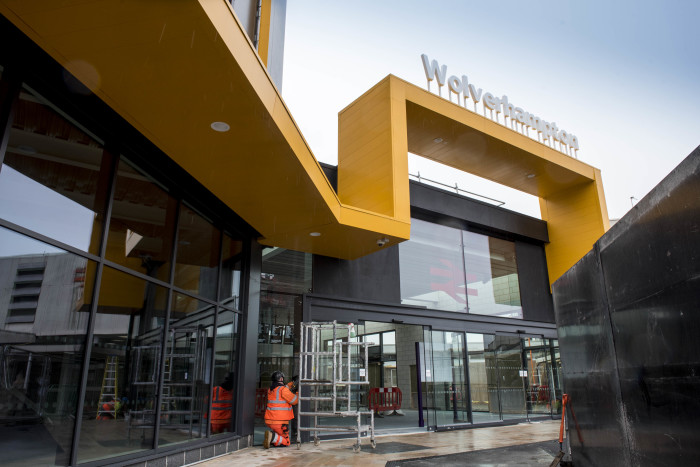 Rail passengers to benefit from new lift at Wolverhampton station