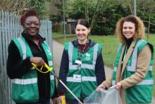 Station adopters and Abbey Line CRP were supported by representatives from Network Rail and London Northwestern Railway in a litter pick at Garston station, to coincide with a visit from Mayor of Watford, Peter Taylor - March 2019